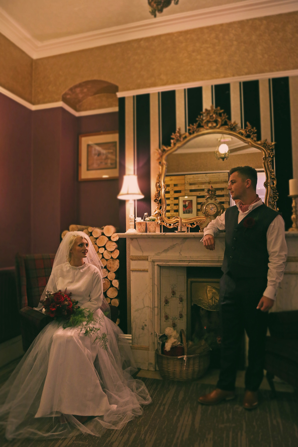 holly-cade-photography-winter-wedding-Dornellie-Spinnaker-Hotel-Isle-of-Wight (15)