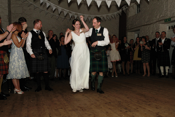 village-hall-wedding-gillian-glover-maclean-photography-Tyninghame-village-hall (117)