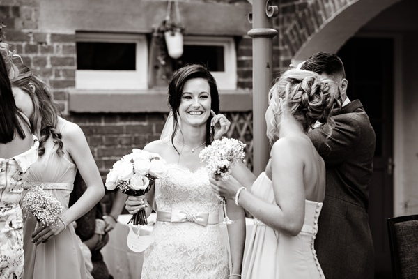 Cris-Lowis-photography-Staffordshire wedding-Mytton-and-Mermaid-pub (25)
