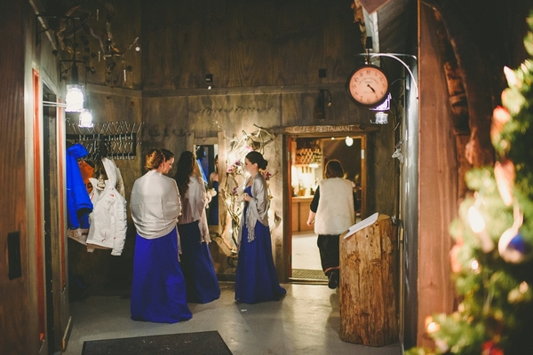 lapland-wedding-snowy-wedding-rob-grimes-hotography-destination-wedding-LUVATTUMAA- Ice-Chapel-Levi-Lapland (38)