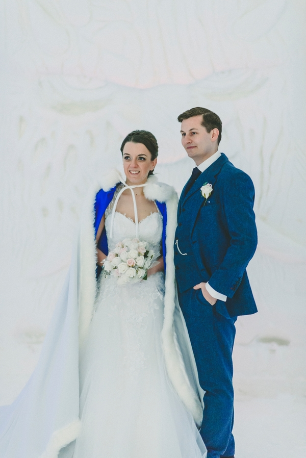 lapland-wedding-snowy-wedding-rob-grimes-hotography-destination-wedding-LUVATTUMAA- Ice-Chapel-Levi-Lapland (54)
