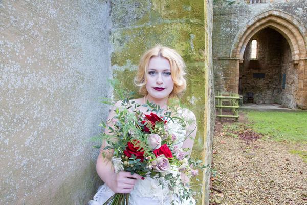 nellie-photography-vintage-chic-wedding-fair-Ettington-Park-Hotel-vintage-inspired-wedding (29)