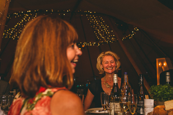Miki-Photography-Ash-Davenport-garden-wedding-warwickshire-wedding-cotswold-wedding-amanda-wyatt-wedding-dress-tipi-wedding-rustic-details (96)