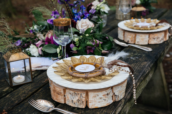 jess-yarwood-photography-woodland-wedding-inspiration-feather-wedding-details-thistle-wedding-details-cream-and-gold-wedding-palette (59)