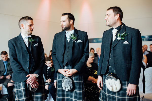 Edinburgh-wedding-dynamic-earth-wedding-derek-Christie-photography (42)
