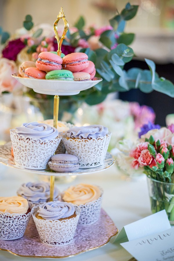Alegrar-Events-Amanda-Karen-Photography-Vintage-styled-shoot-Vintage-tea-party-bridal-inspiration-shoot-tea-party-styled-shoot-bridal-preparations (19)