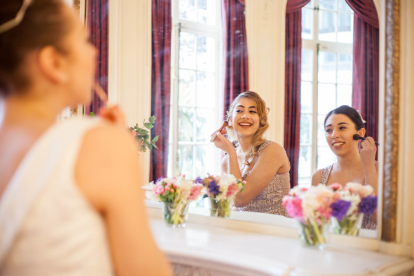 Alegrar-Events-Amanda-Karen-Photography-Vintage-styled-shoot-Vintage-tea-party-bridal-inspiration-shoot-tea-party-styled-shoot-bridal-preparations (50)