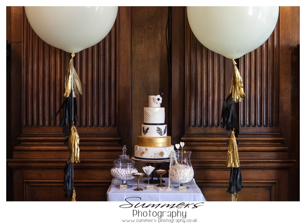 Gatsby-glamour-wedding-styled-shoot-Summers-Photography-Heatherden-Hall-At-Pinewood-Studios (17)