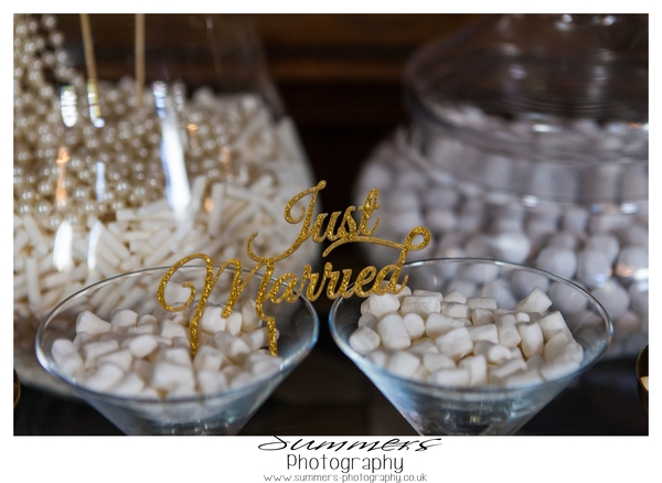 Gatsby-glamour-wedding-styled-shoot-Summers-Photography-Heatherden-Hall-At-Pinewood-Studios (22)