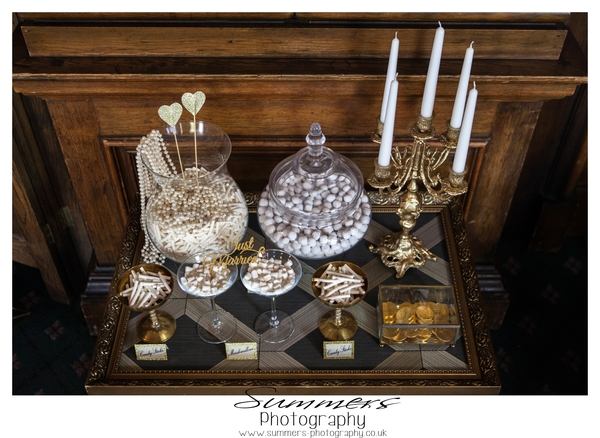 Gatsby-glamour-wedding-styled-shoot-Summers-Photography-Heatherden-Hall-At-Pinewood-Studios (23)