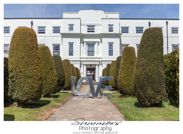 Gatsby-glamour-wedding-styled-shoot-Summers-Photography-Heatherden-Hall-At-Pinewood-Studios (74)