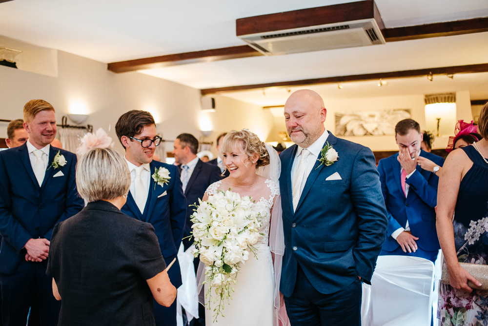 south-wales-wedding-relaxed-wedding-elaine-williams-photography (32)