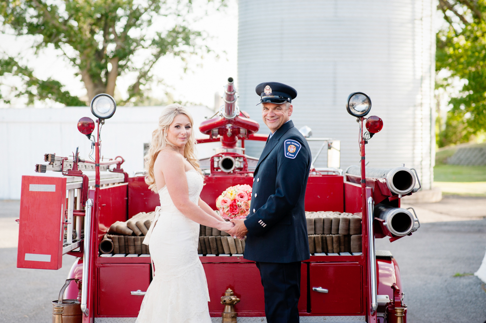 black-lamb-photography-ottawa-wedding-photographer-fire-fighter-themed-wedding-shoot-12