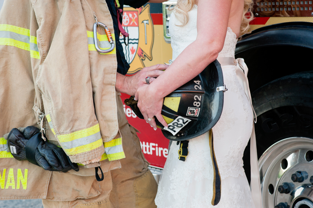 black-lamb-photography-ottawa-wedding-photographer-fire-fighter-themed-wedding-shoot-44