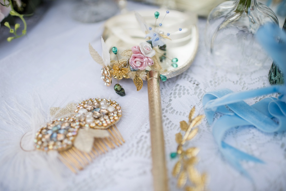fine-art-wedding-photographer-jane-beadnell-photography-bridal-accessories-bespoke-vintage-castle-3