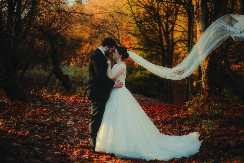 moon-rabbit-wedding-photography-autumnal-post-wedding-shoot-roslin-glen-12