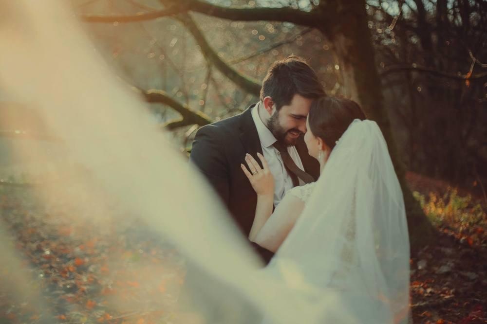 moon-rabbit-wedding-photography-autumnal-post-wedding-shoot-roslin-glen-19