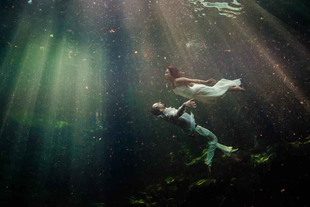 shenko-photography, underwater-love-shoot, love-shoot-tulum, love-shoot-mexico, underwater-photo-shoot-mexico, underwater-love-session