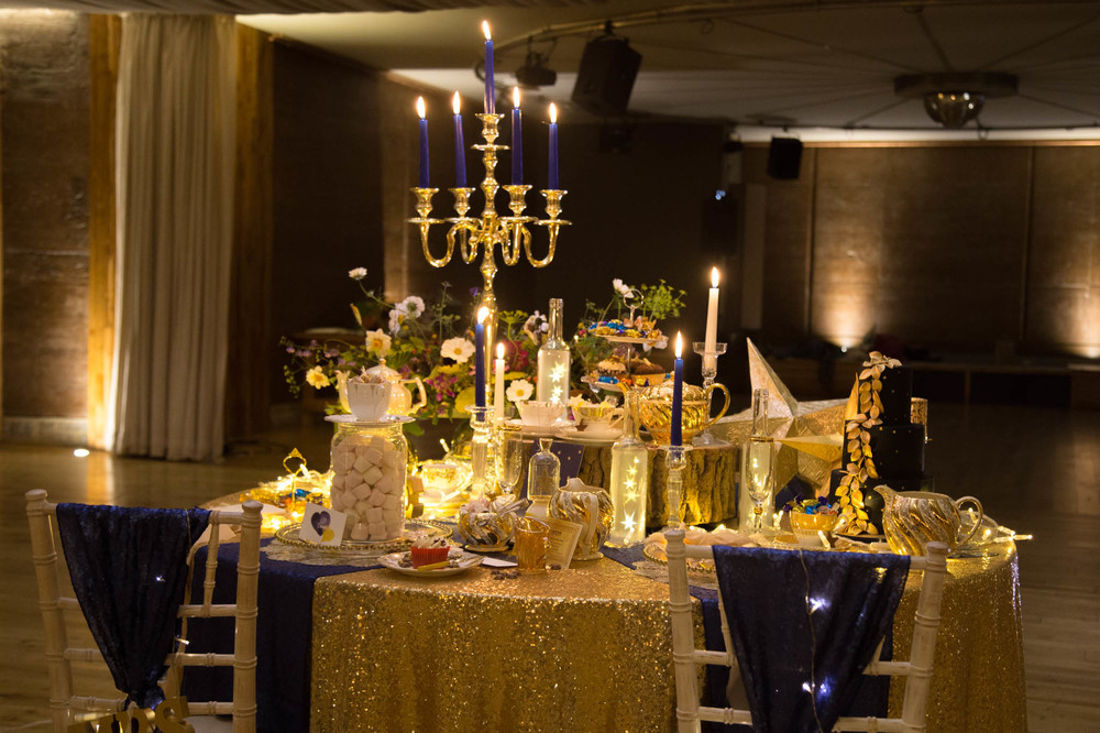 starry-night-themed-wedding-starry-night-themed-shoot-navy-and-gold-wedding-palette-laura-grace-photography-93