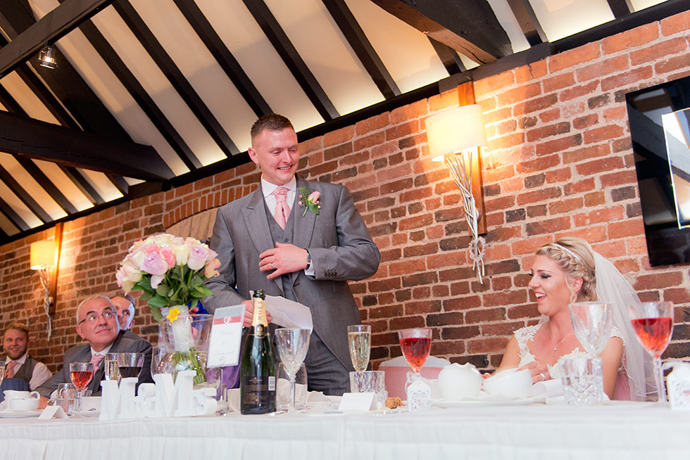 derbyshire-wedding-dusky-pink-and-silver-wedding-palette-autumn-wedding-matt-selby-photography-45