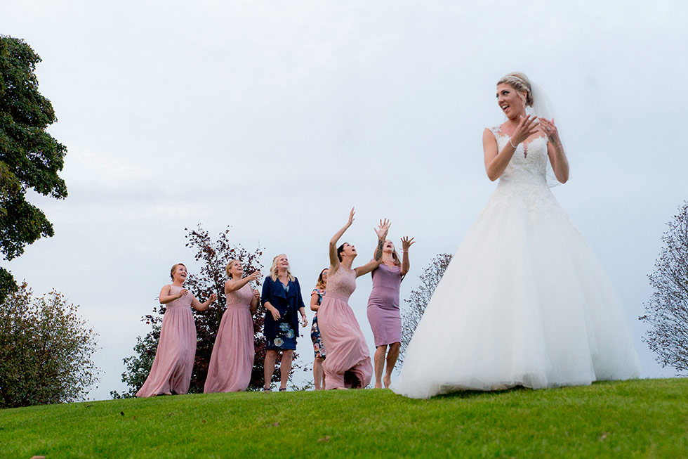 derbyshire-wedding-dusky-pink-and-silver-wedding-palette-autumn-wedding-matt-selby-photography-53