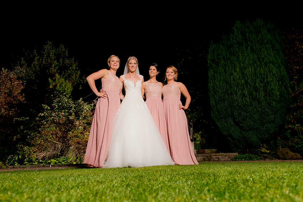 derbyshire-wedding-dusky-pink-and-silver-wedding-palette-autumn-wedding-matt-selby-photography-60