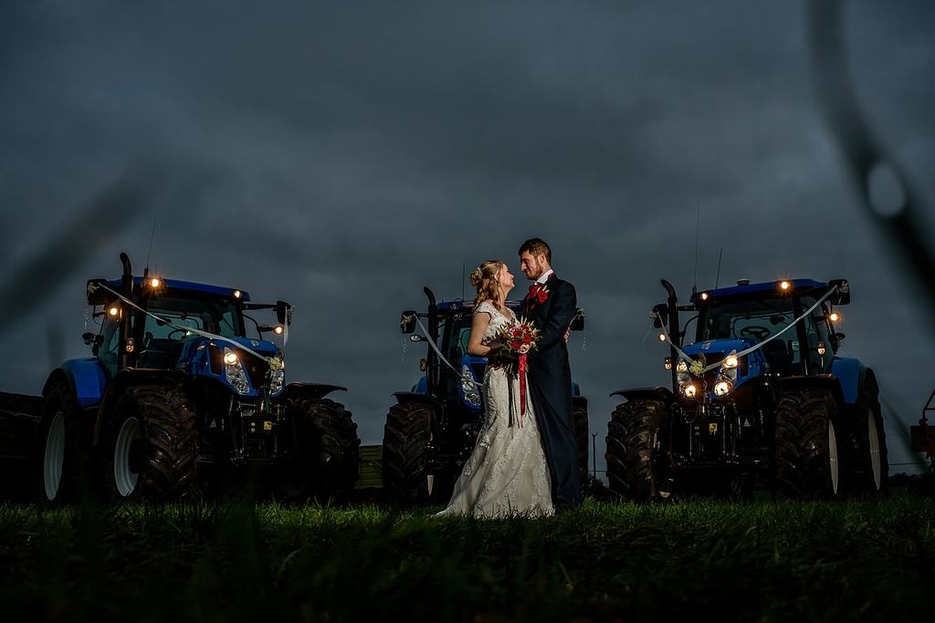 farm wedding , christmas wedding