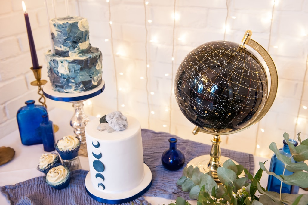 celestial inspired wedding, cake table, starry night globe, kat forsyth photography