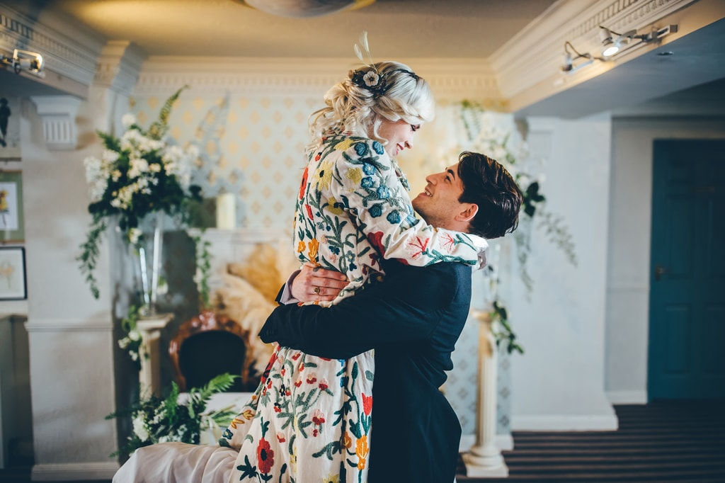 vintage glam styled shoot - toby lowe photography