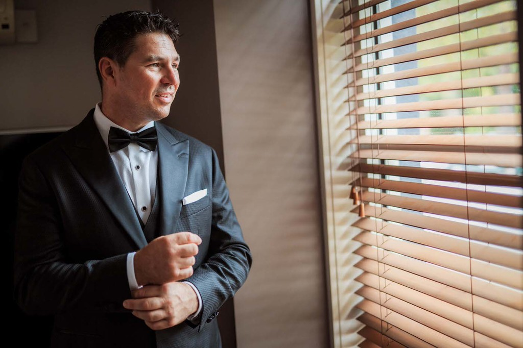 old hollywood inspired wedding - Clarte Photography - groom