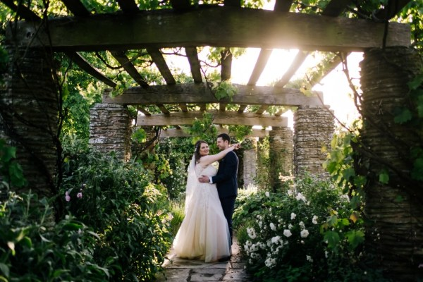 A stunning Somerset Wedding with pretty pastel details at Hestercombe Gardens