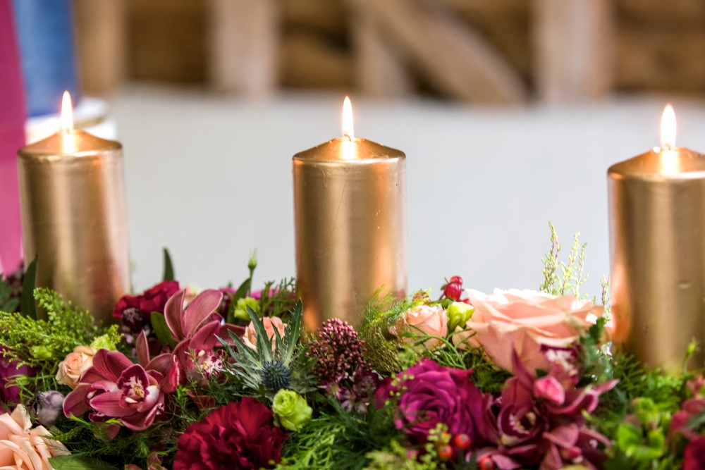 winter wedding - wedding tablescape - candles
