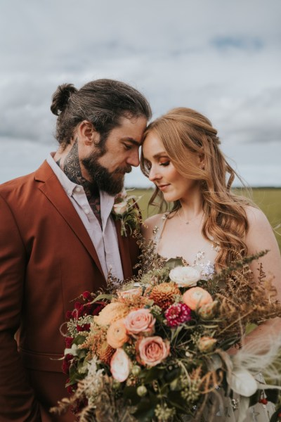 Stunning Autumnal Wedding Inspiration inspired by the rich vibrant tones of the Nevada Desert