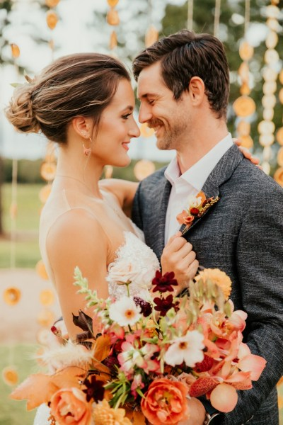 A zesty Citrus inspired wedding shoot with a retro vibe