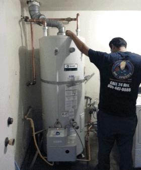 Giant Water heater installation by Mr Speedy Plumbing Technician