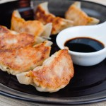 Gyoza (Japanese Pork Dumplings) 日式煎餃子