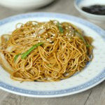 Stir-fried Noodles with Soy Sauce 豉油皇炒麵