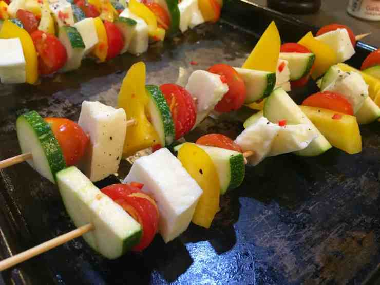 Frylight® Halloumi and Vegetable Skewers