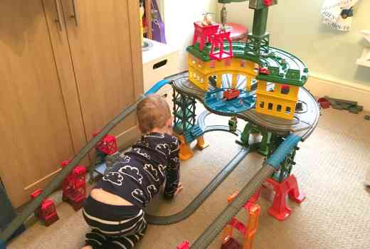 Thomas and Friends Super Station track set