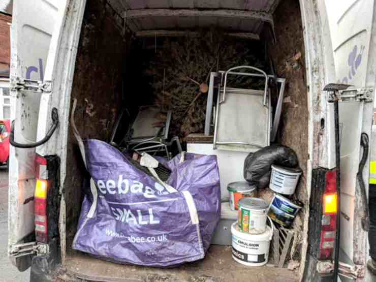 Clearabee rubbish removals