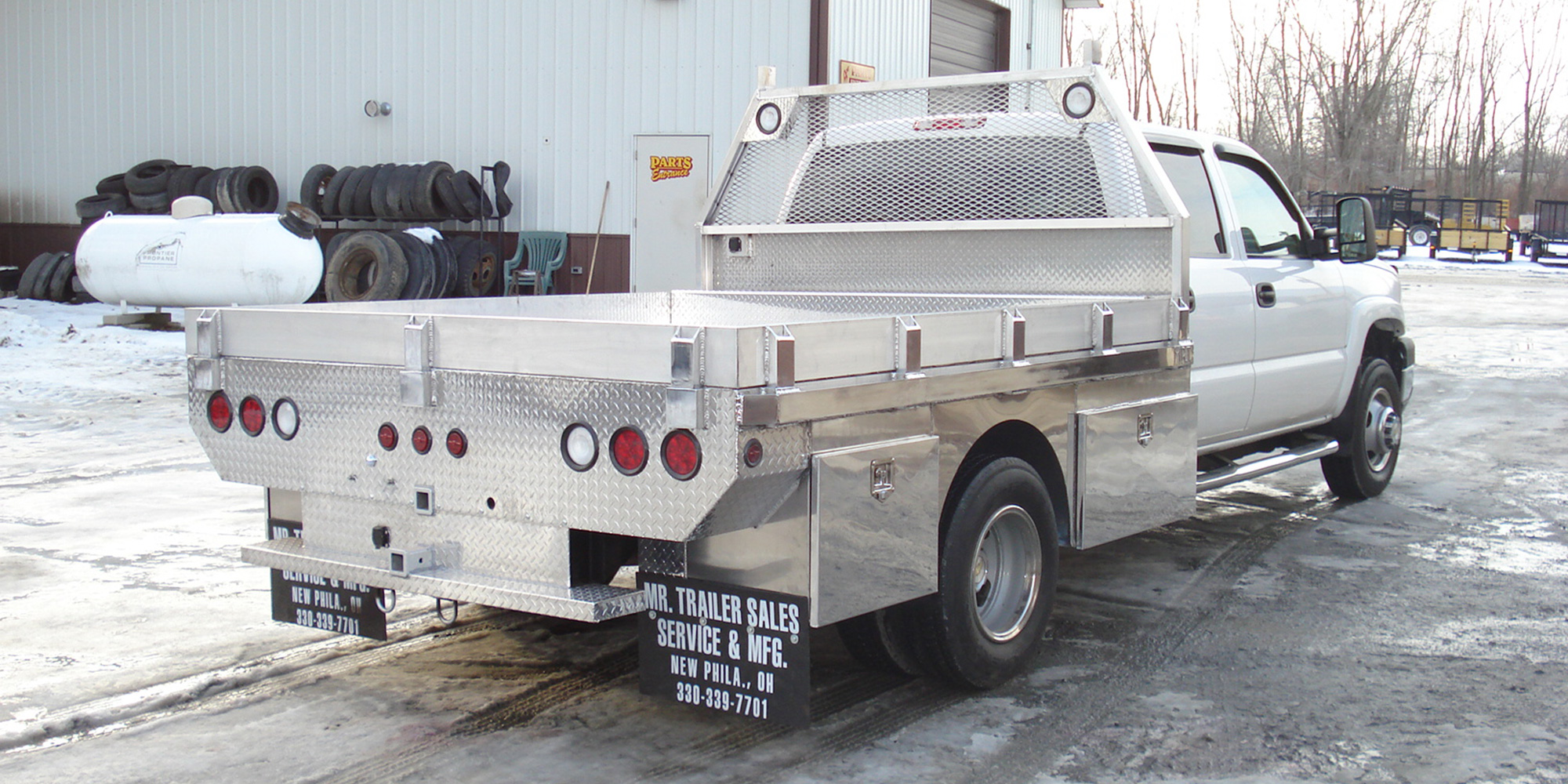 truck beds and custom fabrication mr
