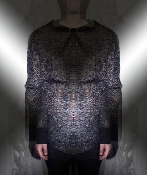 Destitch Fabric -The Ninja Shirt - Photo Credit: Nadia von Schaedtler