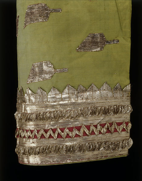Detail of blouse with gota trimming (c) V&A