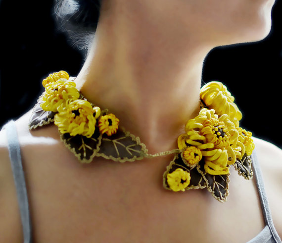 ZoraHolly - Chrysanthemum Sculpture Necklace