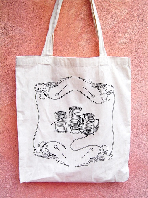 Bobbin Tote by Totes Crafty