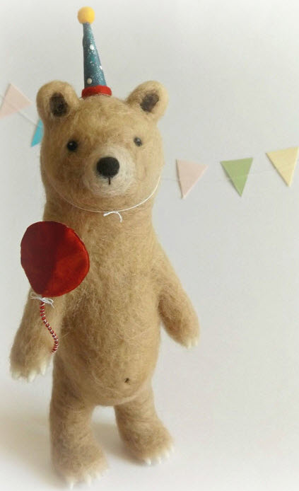 Too Cute Tuesday – Needlefelted Party Bear by Jessica Kathryn