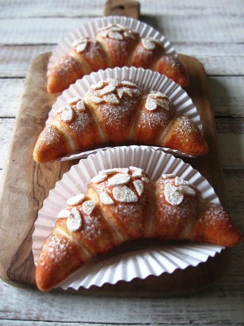 Milkfly - Felt Almond Croissants