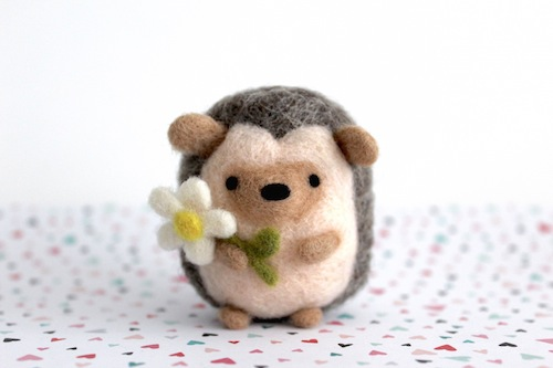 Wild Whimsy Woolies - Hedgehog with Daisy