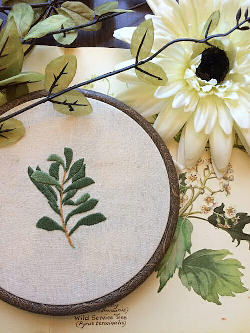 Pengelly Crafts - Leaf Hoop