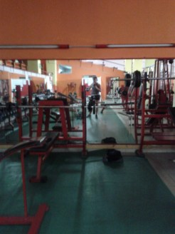 A lonely workout in a gym in Italy in August